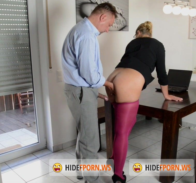 Jess-Legs.net - Jess - Naughty Office [HD 720p]