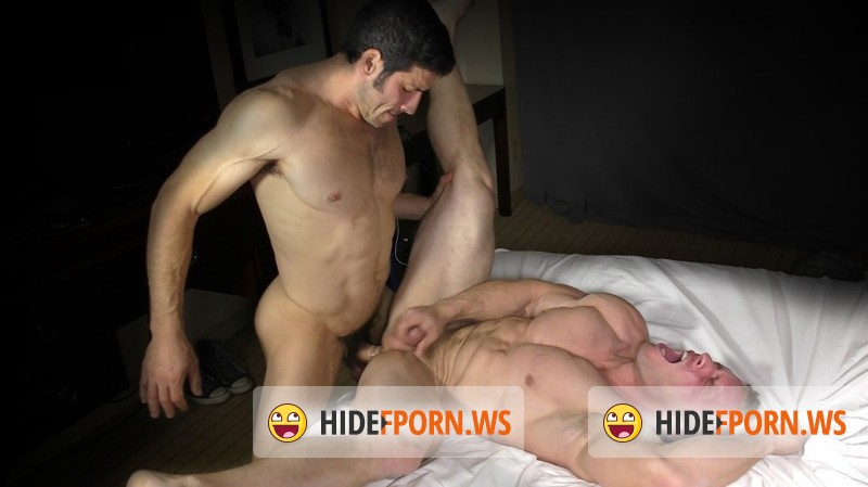 TheGuySite.com - Leo Giamani, Zach - TGS464 Leo Giamani Back in Action [HD 720p]