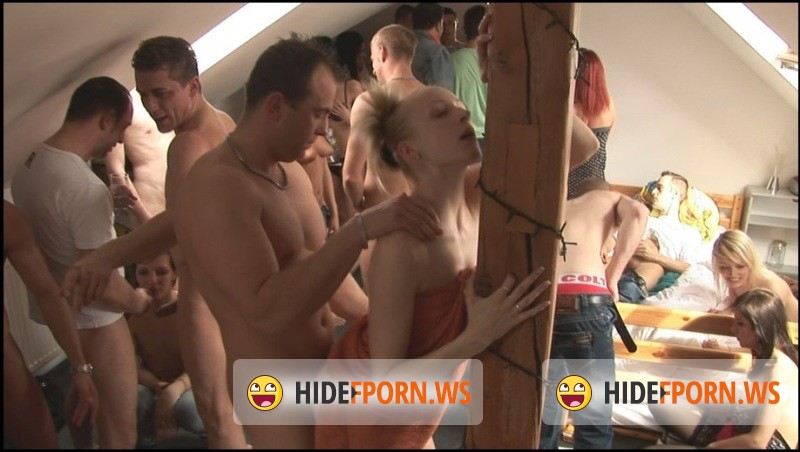 CZECH HOME ORGY 7 - PART 6 [HD 720p]