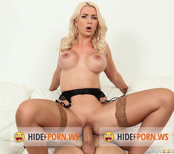 RealWifeStories.com/BraZZers.com - Gigi Allens - Dick Delivery [FullHD]