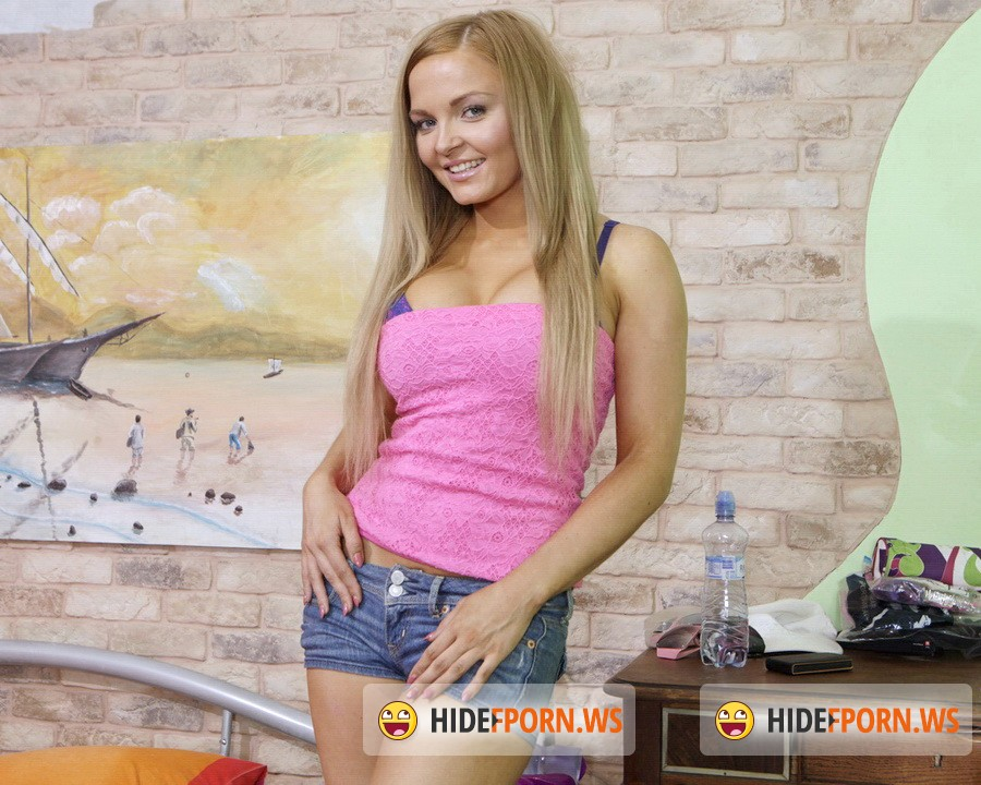 FirstAnalQuest.com - Nicky Angel - Anal XXX With A Stunning Big Tits Blonde First Timer [FullHD 1080p]