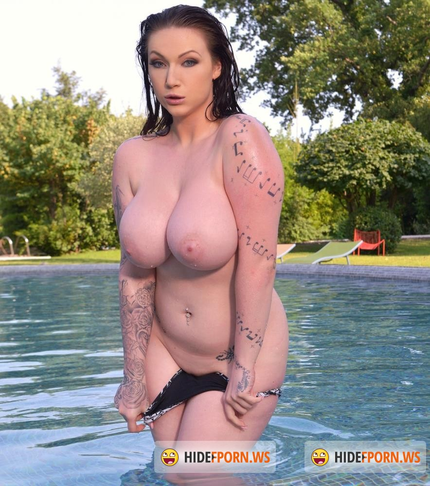 DDFBusty/DDFNetwork - Harmony Reigns - Pool, Hooters And Black Dong: Brunette With Big Tits Masturbates [HD 720p]