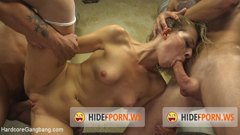 HardcoreGangBang.com - Zoey Monroe - Princess Peach Gets Fucked By Her Kingdom [SD 540p]