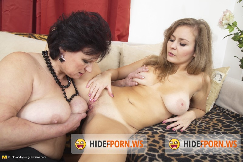 Old-and-young-lesbians.com/Mature.nl - Dalia (54), Leanora (23) - Lesbian-Busty18 [SD 540p]