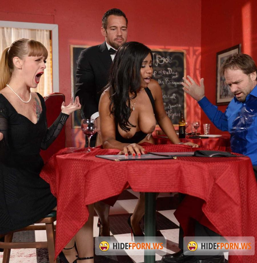 Baby Boobs: Jenna J Foxx, Johnny Castle - A Tip For The Waitress [SD 480p]