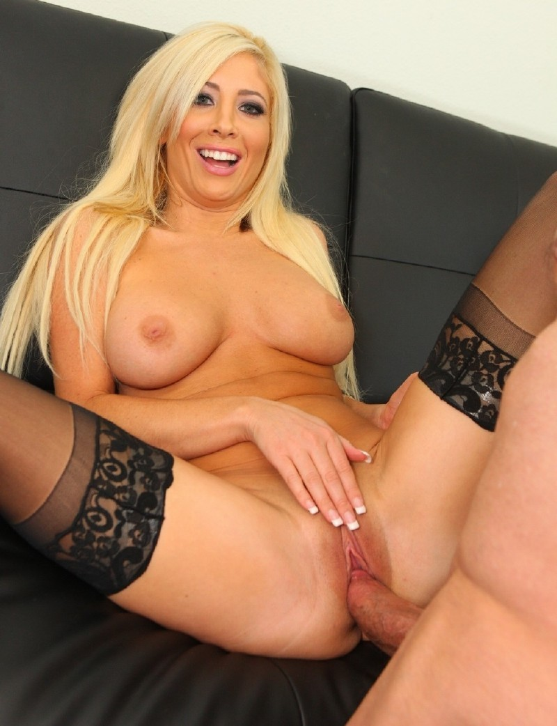 PeterNorth.com - Tasha Reign - North Pole 93 Part 1, Scene 4 [HD 720p]