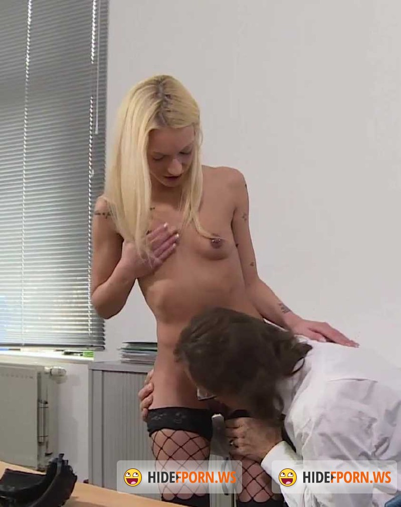 MMVFilms.com - Bella Banx - Blonde, Petite And Fucking Her Boss [FullHD 1080p]