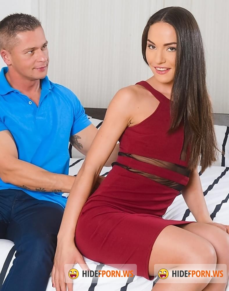 PixAndVideo/21Sextury - Nataly Gold - Pleasing The Landlord [FullHD 1080p]