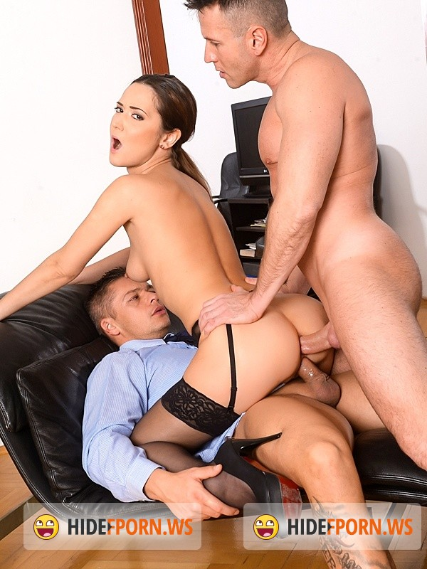 DPFanatics/21sextury - Angie Moon - Sexy Assistant Gets DP [HD]