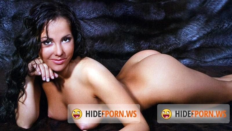 foto-goloy-eleni-berkovoy-v-porno