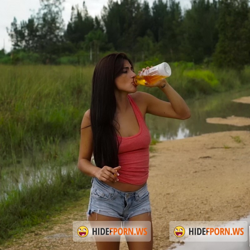 HelplessTeens.com/FetishNetwork.com - Michelle Martinez - Michelle Martinez Swamp Head [SD 480p]