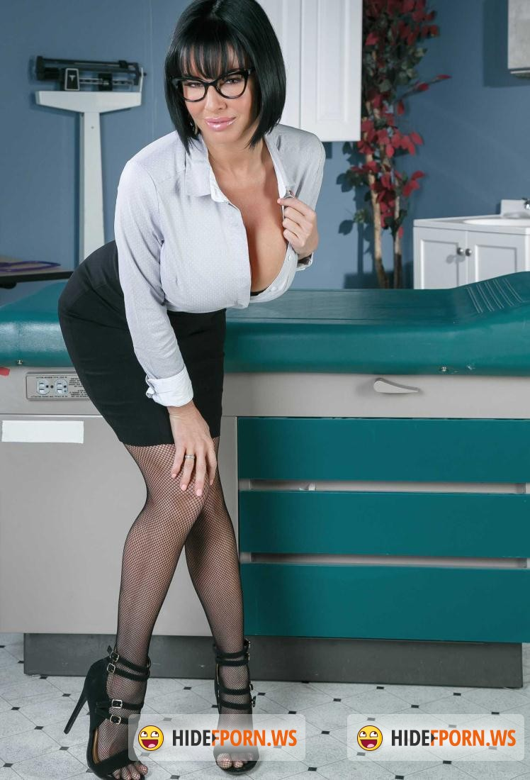 Doctor: Veronica Avluv - Stroke It For Me [SD 480p]