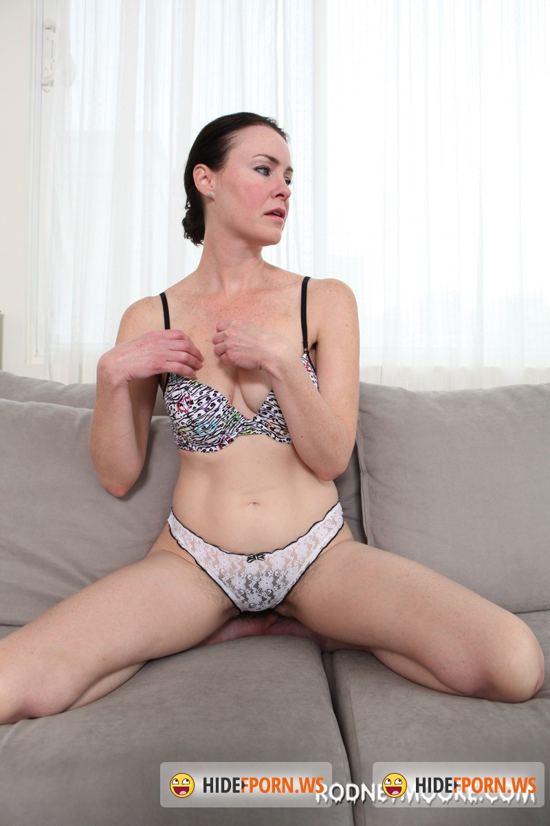 Rodneymoore.com - Veronica Snow - Hairy Interlude [SD 540p]