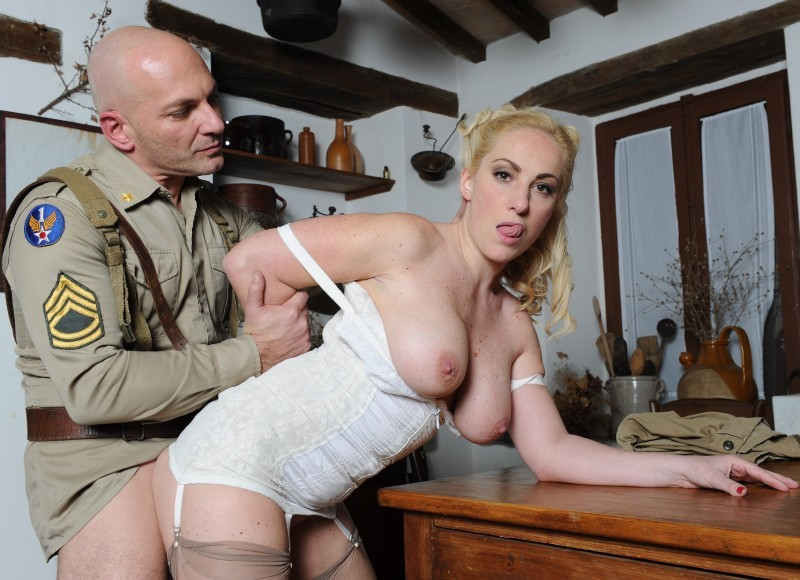 PinkoHD.com - Monica Preziosi - Banging The Madam [HD 720p]