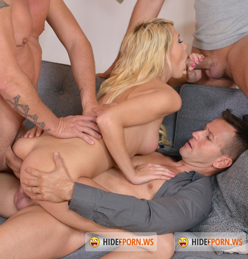 HandsonHardcore/DDFNetwork - Kimber Delice - Foursome Fantasies: Gorgeous Blonde Gets Stuffed By 4 Studs [FullHD]