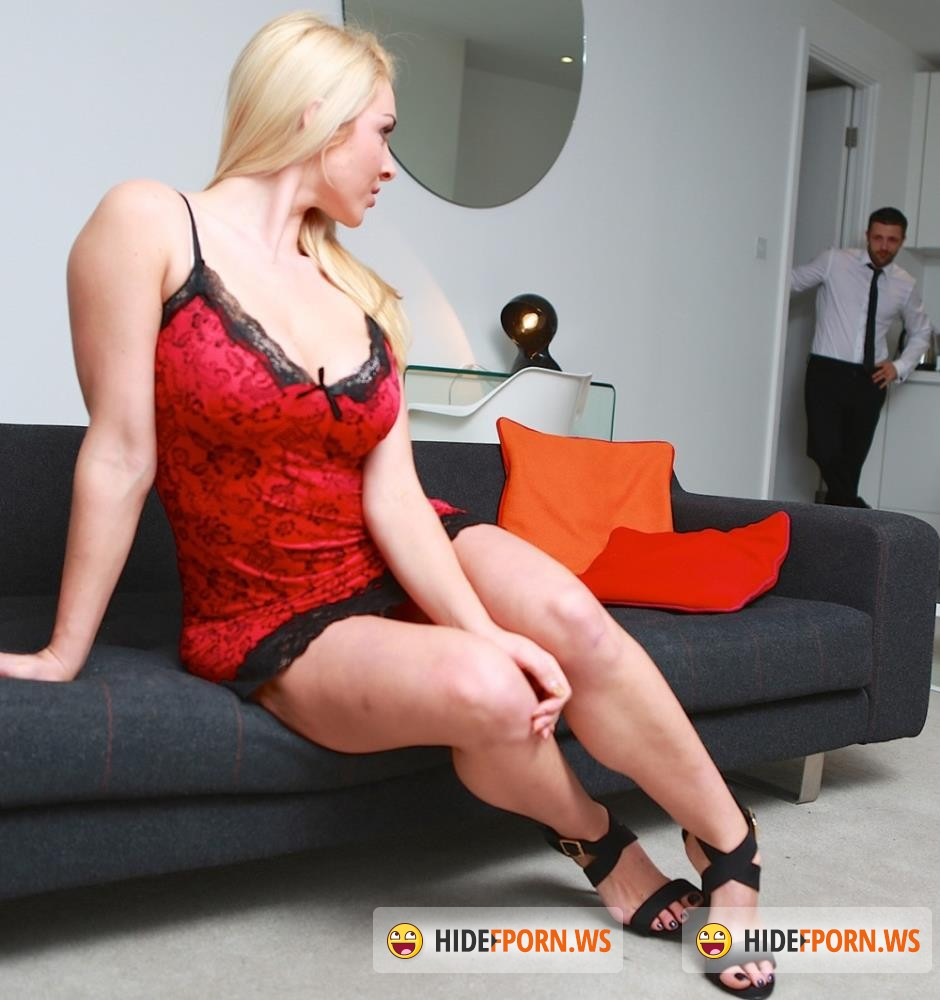 Private - Victoria Summers - Office Boss Victoria Summers Rides Her Employees Big Dick [FullHD 1080p]