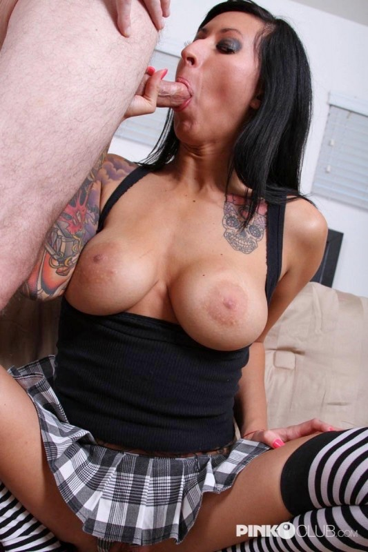PinkoClub.com - Lilly Lane - The tattooed bitch [SD 406p]