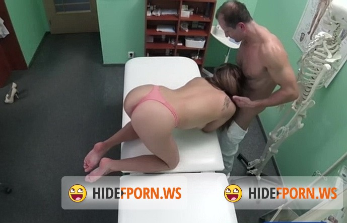 FakeHospital.com/FakeHub.com - Ally Breelsen - Doctor prescribes sperm treatment [SD 480p]