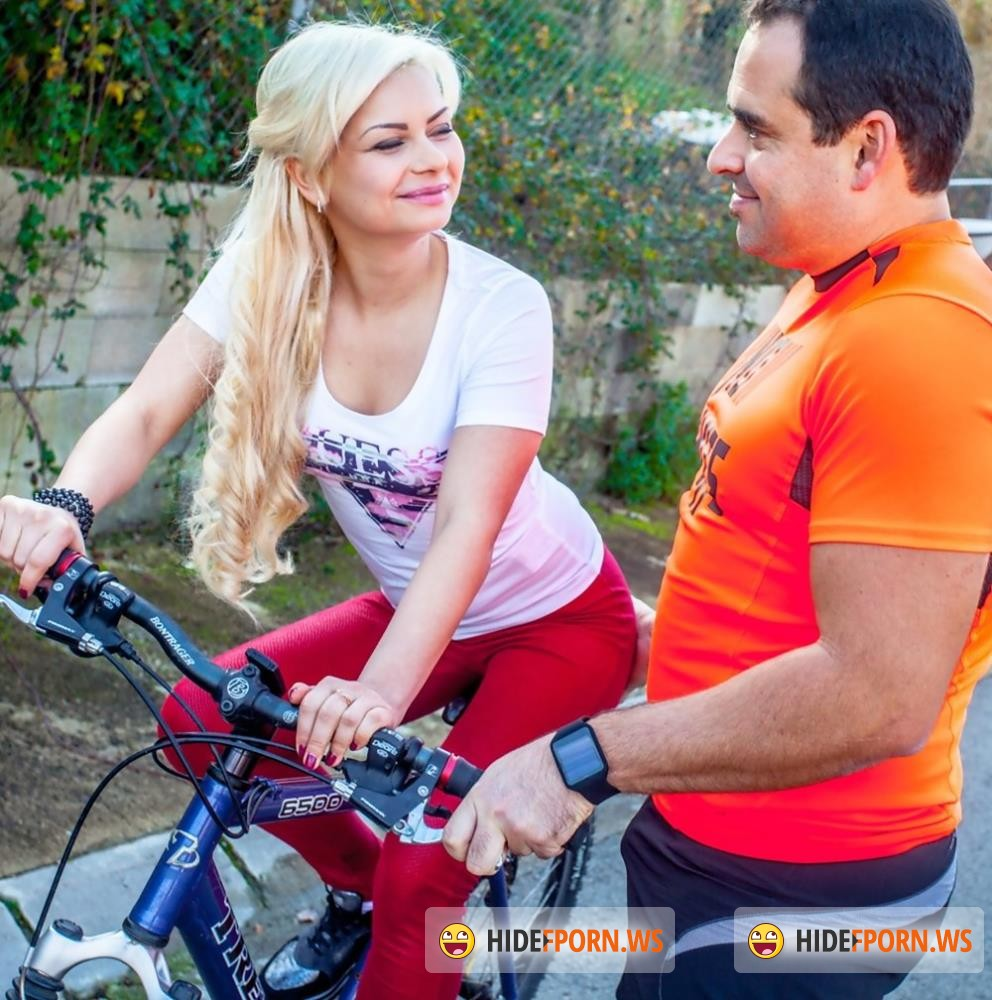 MeetSuckAndFuck/WTFPass - Lana Sweet, Xavi - Bicycle Ride Gets A Sexy Blonde Stanger Horny [FullHD 1080p]