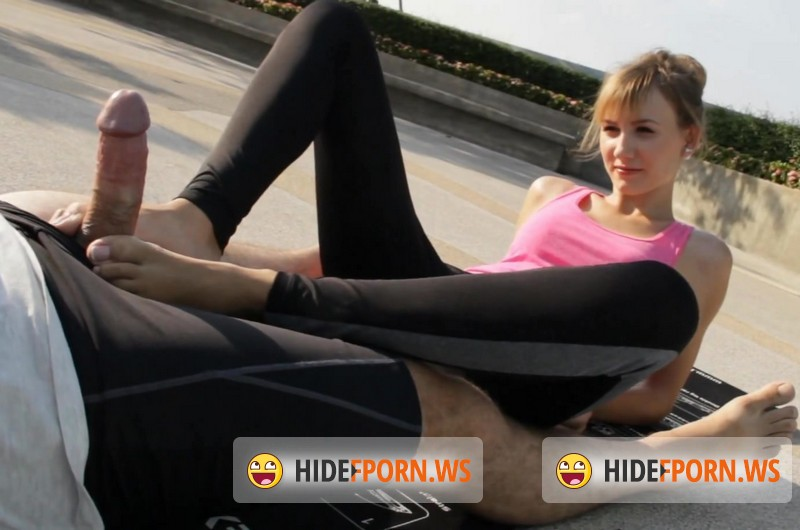 MyDirtyHobby.com - Angel-Desert - Footjob in sexy yoga pants [FullHD 1080p]