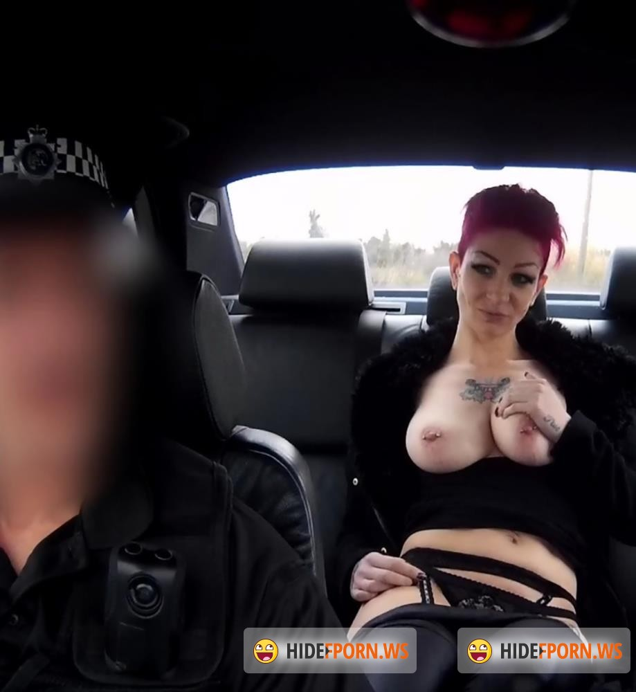 Perks Of Hookup A Police Officer