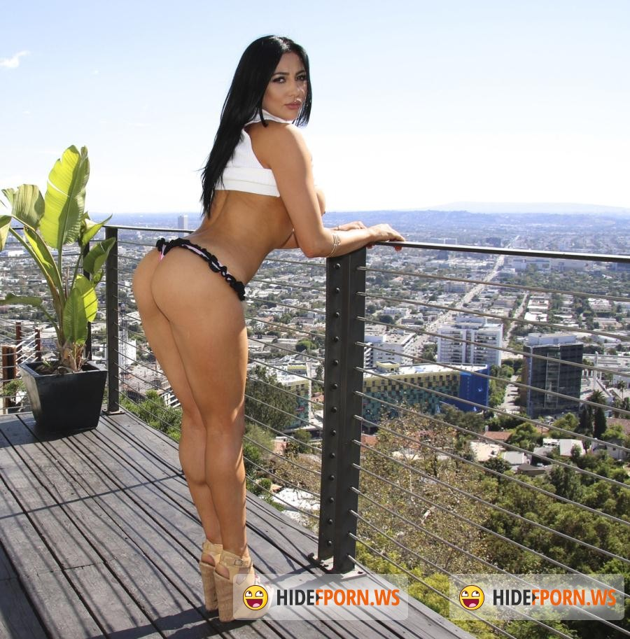 BBClips: Audrey Bitoni - Fucks Like The Porn Star She Was Destined To Be! [SD 480p]