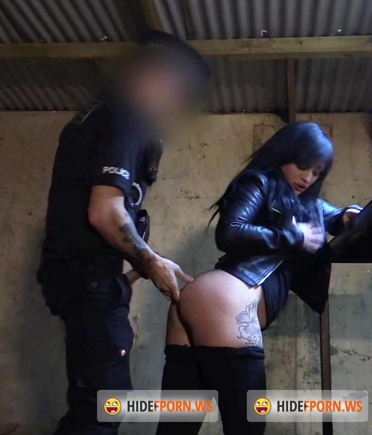 False Cop: Lottie - Masked Robber Fucked By Fake Copper [FullHD 1080p]
