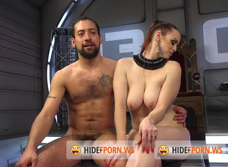 DivineBitches.com/Kink.com - Bella Rossi - Deep Space Domination: the Future is Female [HD 720p]