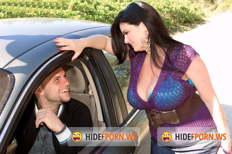 BustyArianna.com - Arianna Sinn - A Ride For A Ride [HD 720p]