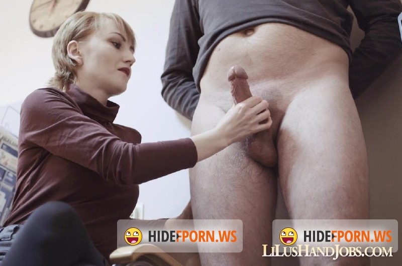 LiLusHandJobs.com/Clips4sale.com - Lilu - Lilu Office Huge Cock and CumShot [HD 720p]
