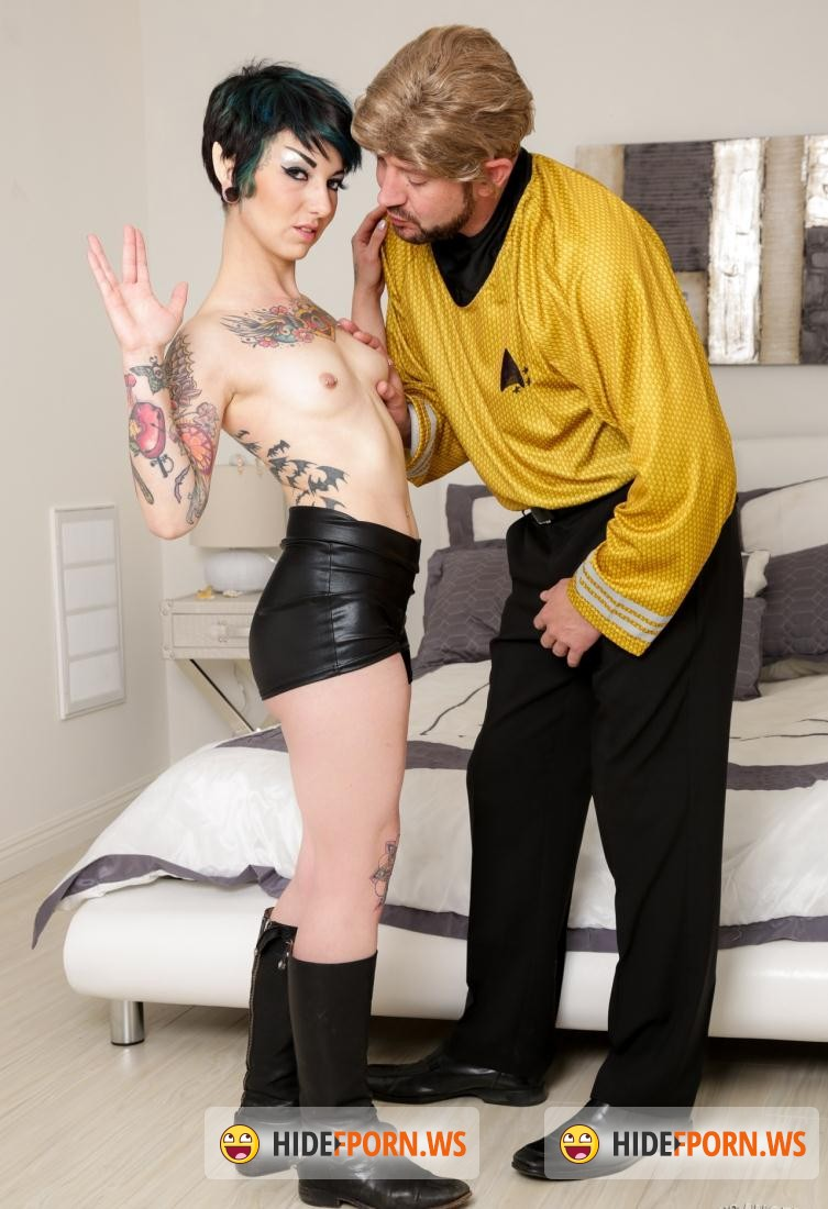 Burning Porn: Rachel Ravaged - Trekkie Love [FullHD 1080p]