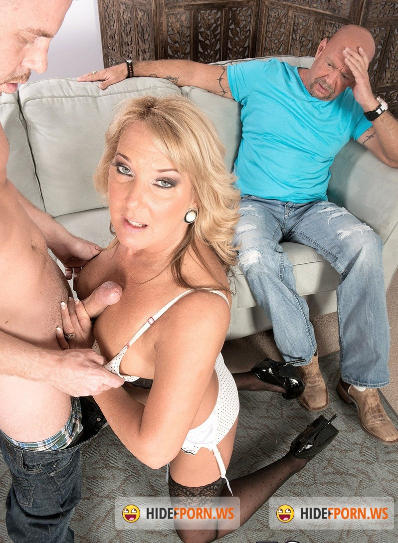 Porn Load: Mia Morgan - Mia fucks. Her hubby watches. [HD 720p]
