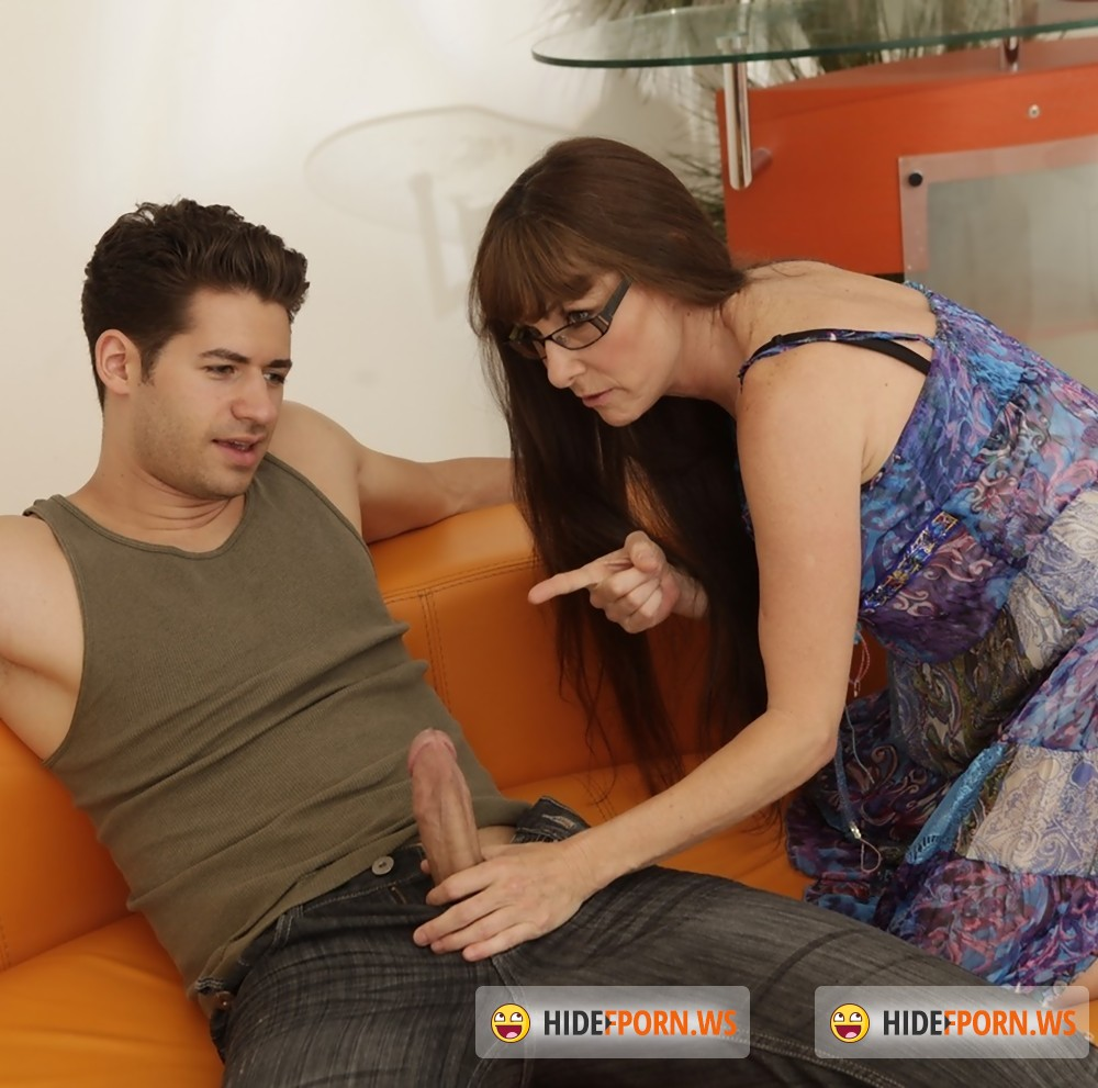 RealityJunkies - Alexandra Silk, Giovanni Francesco - Mothers And Their Boys, Scene 12 [HD 720p]