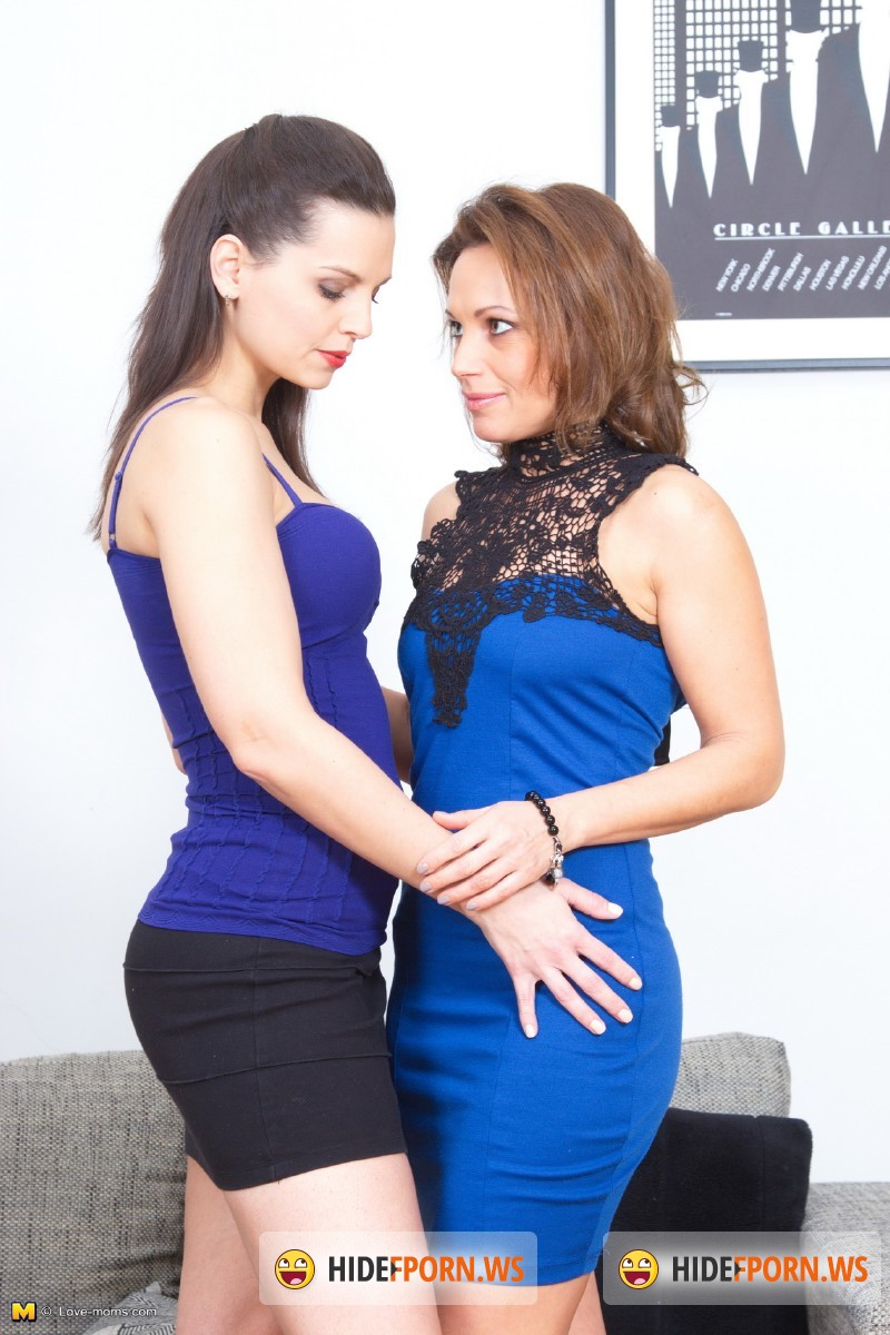 Love-moms.com/Mature.nl - Valerina (41), Eve Angel (31) - LVM-ProfLesbian001 [SD 540p]
