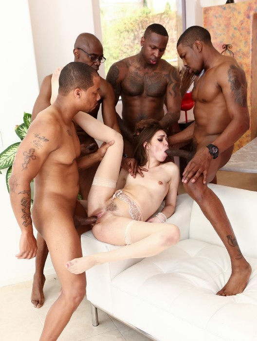 DevilsFilm.com - Riley Reid, Sean Michaels, Jon Jon, Isiah Maxwell - Blacked Out 5 [FullHD]