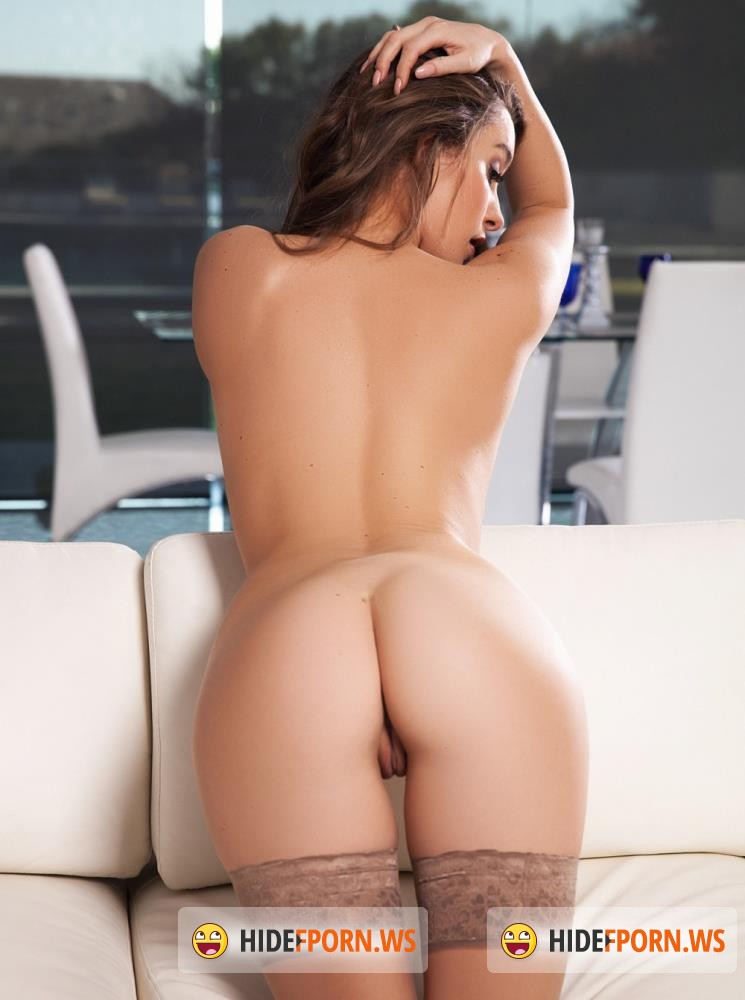PlayBoyPlus - Scarlett Rose - Naturally Hot [FullHD 1080p]