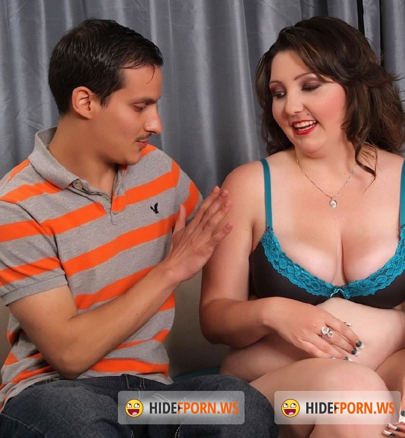 JeffsModels.com - Roxy Foxxx - First Time Chubby [FullHD 1080p]