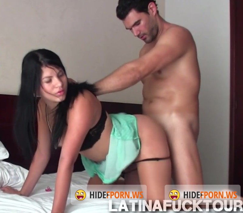 LatinaFuckTour.com - Katerina - Waking up my young big booty Colombian girlfriend [HD 720p]