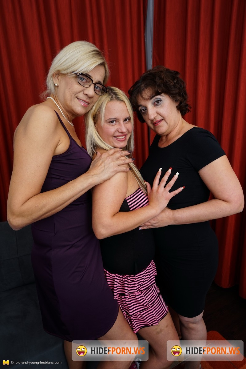 Old-and-young-lesbians.com/Mature.nl - Nikka (23), Karine C. (49), Melana (41) - Naughty lesbians having a threesome [SD 540p]