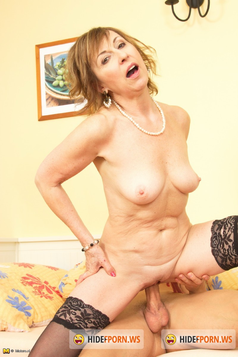 Mature.nl - Danny (59) - Horny lady goes wild [SD 540p]