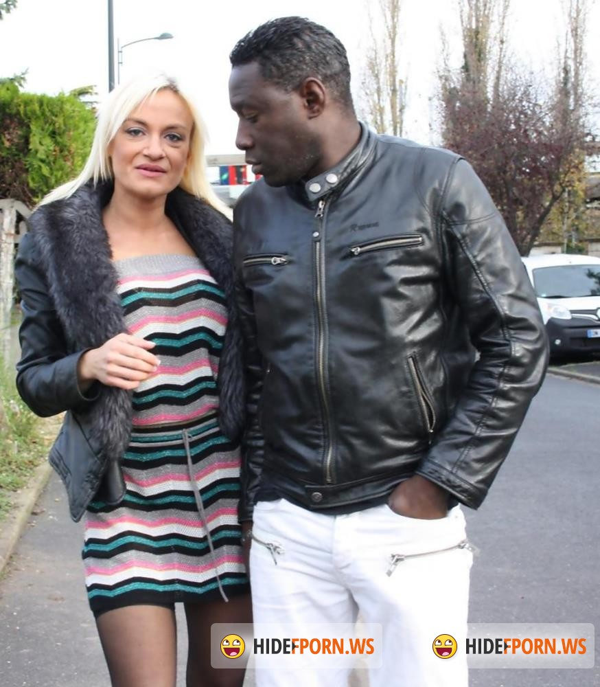 LaNovice/PornDoePremium - Cameron St. Claire, Eddy Blackone - Anal-ized by a big black snake [FullHD 1080p]