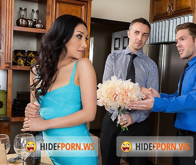 RealWifeStories/BraZZers - Vicki Chase - The Perfect Hostess [FullHD]