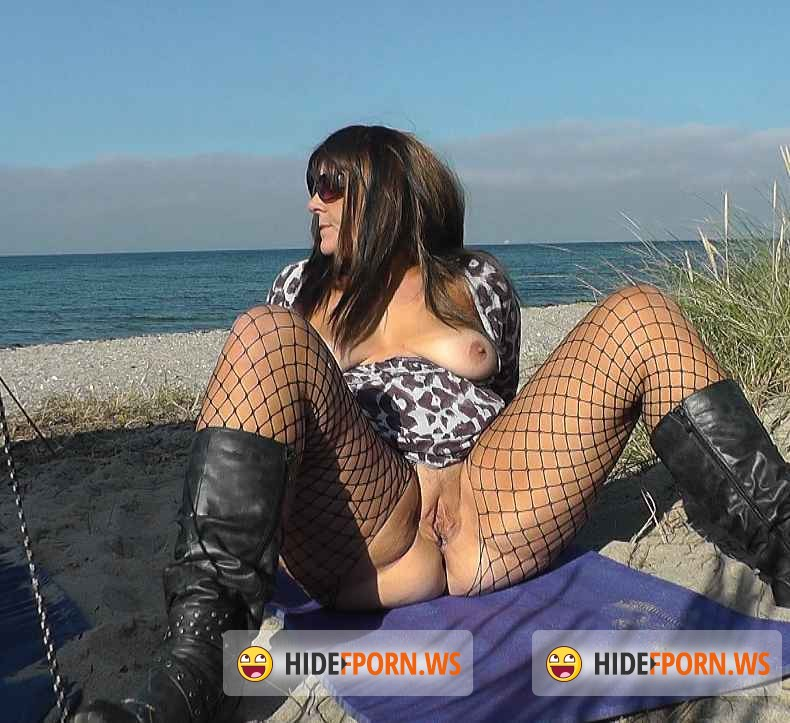 CumDrinkingWife.com - Marion - Summer holidays 2015 bareback beach slut Part 1 [SD 360p]