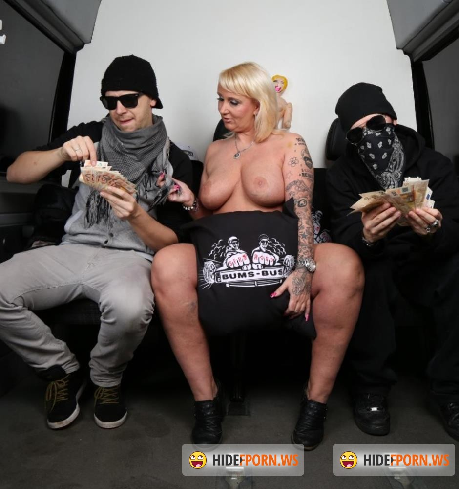 BumsBus/PornDoePremium - Kitty Wilder, Jason Steel - BBW Kitty Wilder destroying cock in the back of a van [FullHD 1080p]