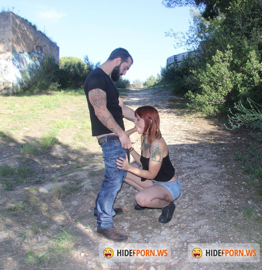 ChicasLoca.com / PornDoePremium.com - Lilyan Red - Spanish redhead teen Lilyan Red in outdoor sex [SD]