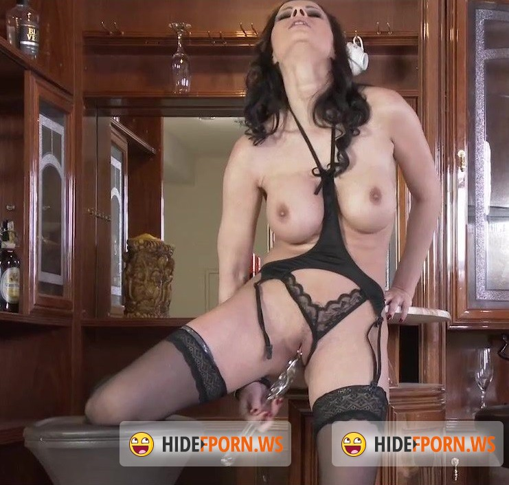StockingLive.com - Abbie - Abbie Cat Black V [HD 720p]