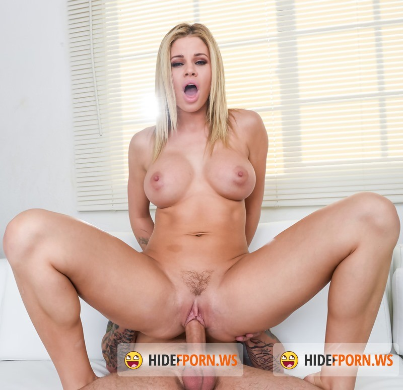 WhaleTailn.com/Wankz.com - Jessa Rhodes - Gorgeous Blonde Jessa Rhodes Gets Fingered and Fucked! [4K 2160p]