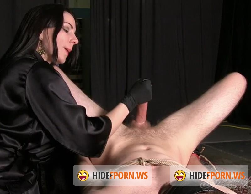 GoddessSnow.com - Alexandra Snow - Eat It, Slave [SD 480p]