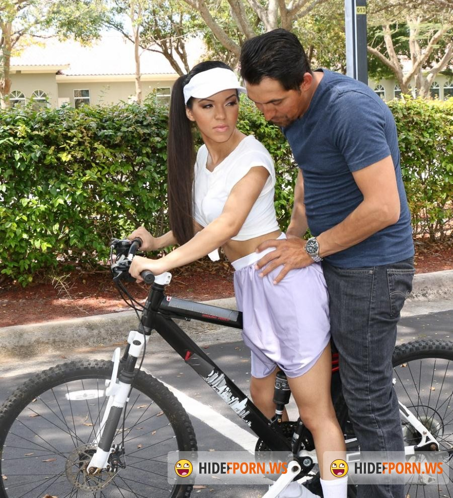 Exxxtra Porn: Emily Mena - Itty-Bitty Bicyclist [HD 720p]
