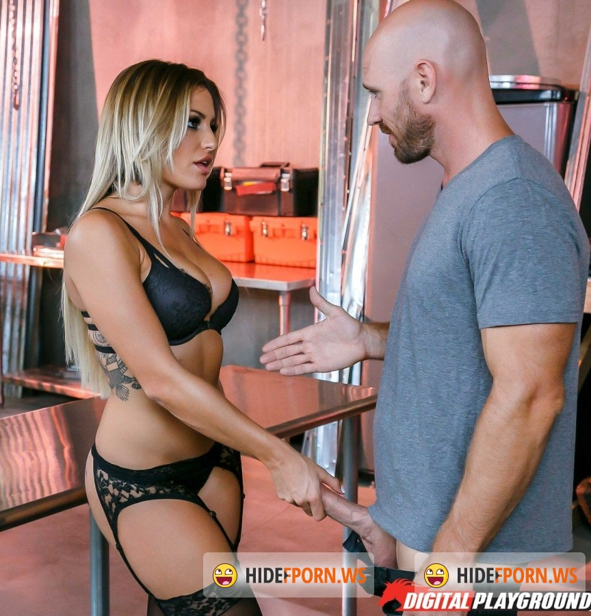 DigitalPlayground - Kissa Sins - The Garage [FullHD]